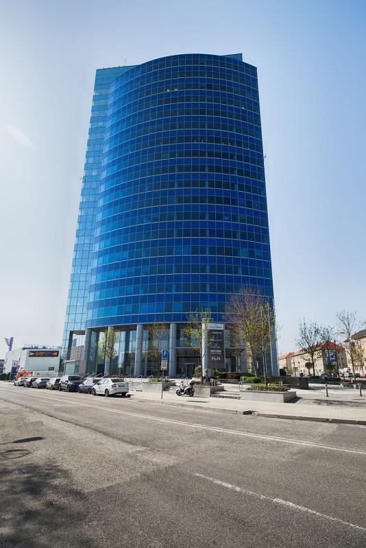 Polus Tower II., dodávka a montáž vzduchotechniky