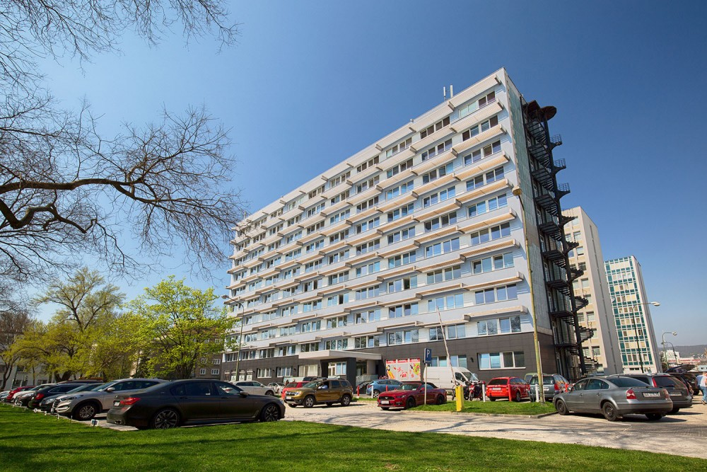 Administratívna budova LIKO, dodávka a montáž klimatizácia